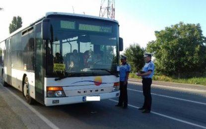Transportatorii de persoane, verificați de polițiștii călărășeni