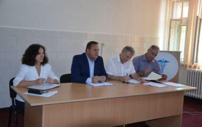 """Președintele CJ, Vasile Iliuță:""""Vom găsi soluții să cumpărăm aparatură medicală pentru toate secțiile din spital"""""""