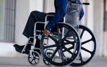Firmele mari trebuie să angajeze persoane cu handicap, altfel datorează bani la stat
