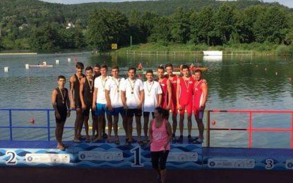 Kaiac-canoe/Bronz la Campionatul Național de viteză
