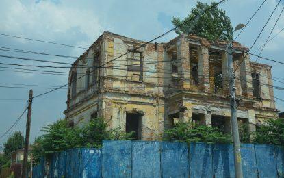 Primăria Călărași a mai făcut un pas pentru reabilitarea clădirii Poșta Veche