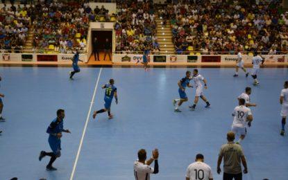 Sala arhiplină la primul meci al AHC Dunărea Călărași/Tigrii au învins la scor