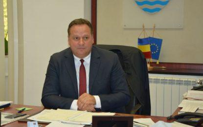 """Vasile Iliuță, președintele CJ: """"Vom completa tichetele de masă acordate infirmierelor și asistentelor"""""""