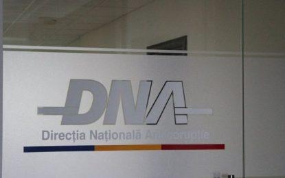 Călărași/Un fost prefect, șapte primari, directori și alți funcționari, trimiși în judecată de DNA