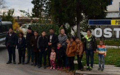 Vroiau să intre ilegal în România, în zona lacului Bugeac/14 cetăţeni irakieni, depistați de polițiști