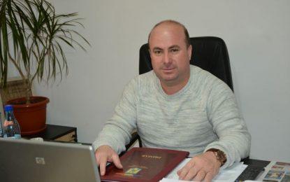 """Dichiseni/Primarul Iulian Radu: """"Prioritatea mea e accesarea fondurilor europene"""""""