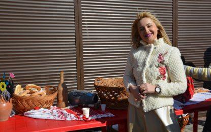 """Sandra Bratu (co-președinte TNL Municipiul Călărași): """"Sunt mândră că fac parte dintr-o echipă de tineri liberali uniți ce au reușit să marcheze pentru a XII-a oară sărbătoarea de Dragobete"""""""
