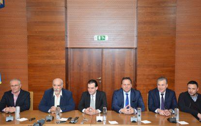 PNL a intrat într-o nouă etapă politică/Cine sunt liberalii călărășeni aflați în echipa de conducere a lui Orban