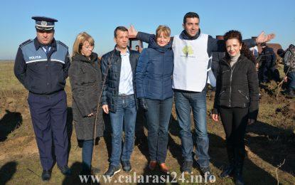 Senatoarea Roxana Pațurcă și deputatul Sorin Vrăjitoru, voluntari pentru o zi